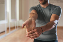Stretch-Your-Forearms-And-Treat-Them-With-Rest.jpg